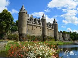 Gourin chateau photo